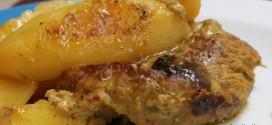 Μοσχάρι Bonne fillet στο φούρνο με πατάτες και γλυκό κουταλιού σταφύλι