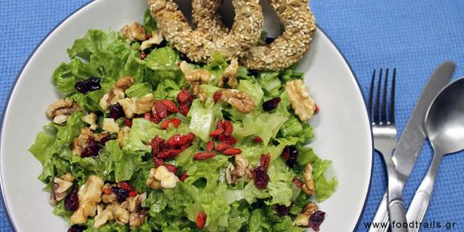 salata-marouli-xirous-karpous