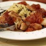 Χοιρινό φιλέτο με πικάντικη μουστάρδα φρούτων και άγριο ρύζι