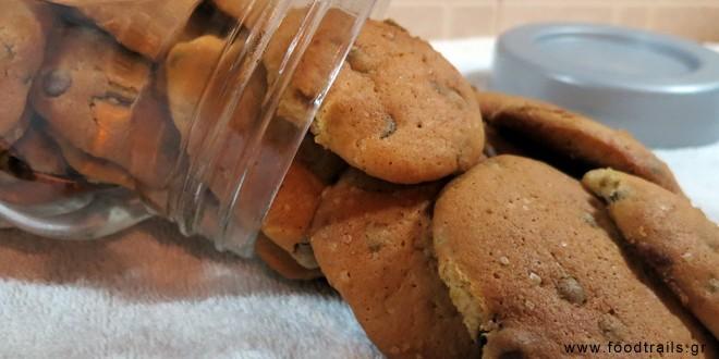 Μαλακά μπισκότα με σοκολάτα και μπανάνα