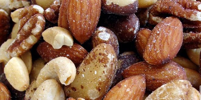 nuts-ksiroi-karpoi